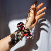 Lana Mini Scrunchie / Black Floral