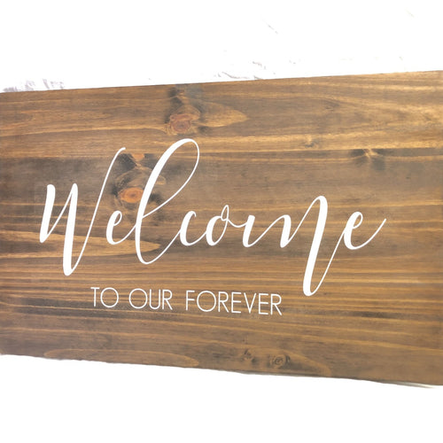 Farmhouse 'Welcome' Sign with Easel