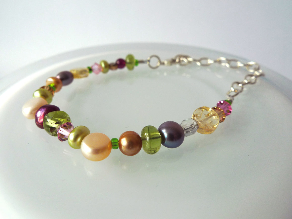 String Along Gem & Pearl Bracelet