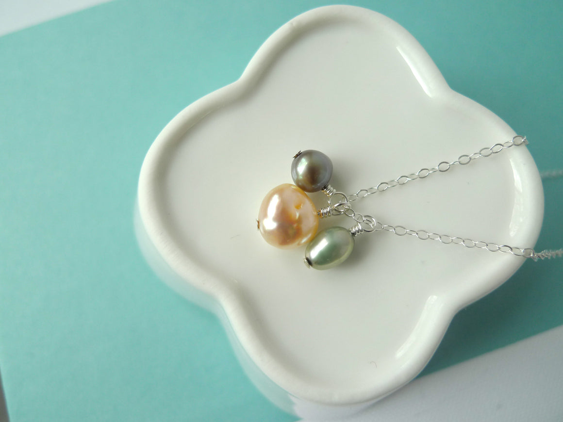 Pearl Trio Pendant Necklace