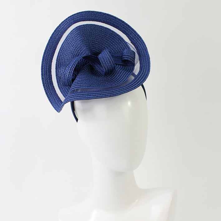 Jendi Madison Oprah Plate Fascinator in Midnight