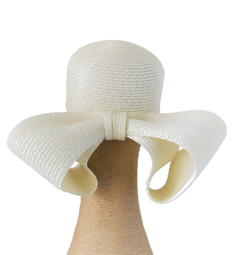 Claire Hahn Teagan Back Bow Headpiece in Cream