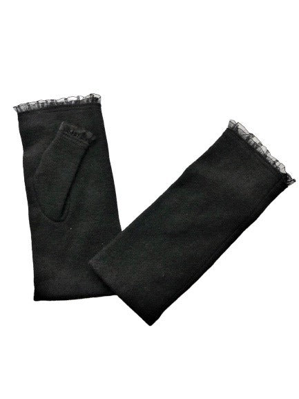 Morgan and Taylor Belle Fingerless Gloves in Black