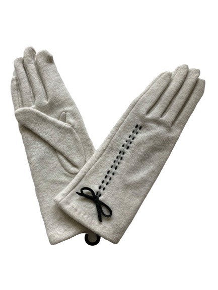Morgan and Taylor Kiara Gloves in Ivory or Black