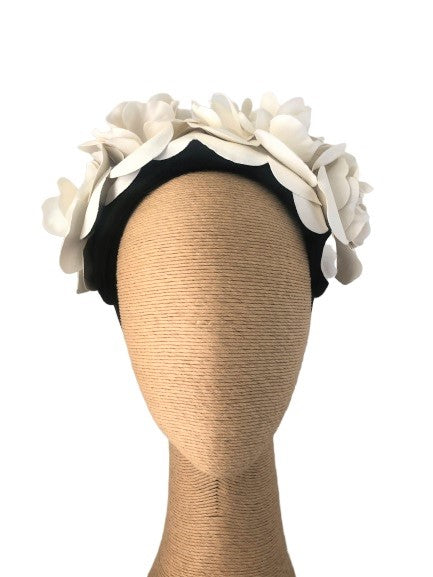 Max Alexander Rosetta headpiece in Black & Cream