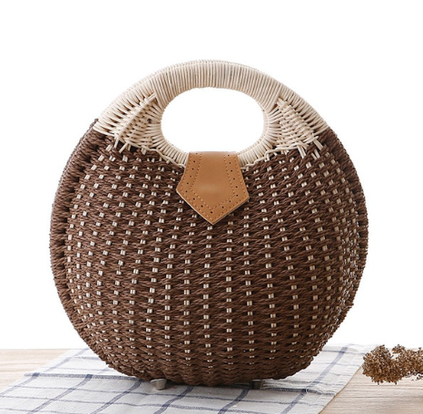 Get Racy Straw Summer Bag in Brown