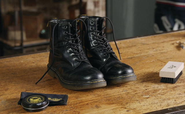HOW TO POLISH YOUR DR. MARTENS FOOTWEAR