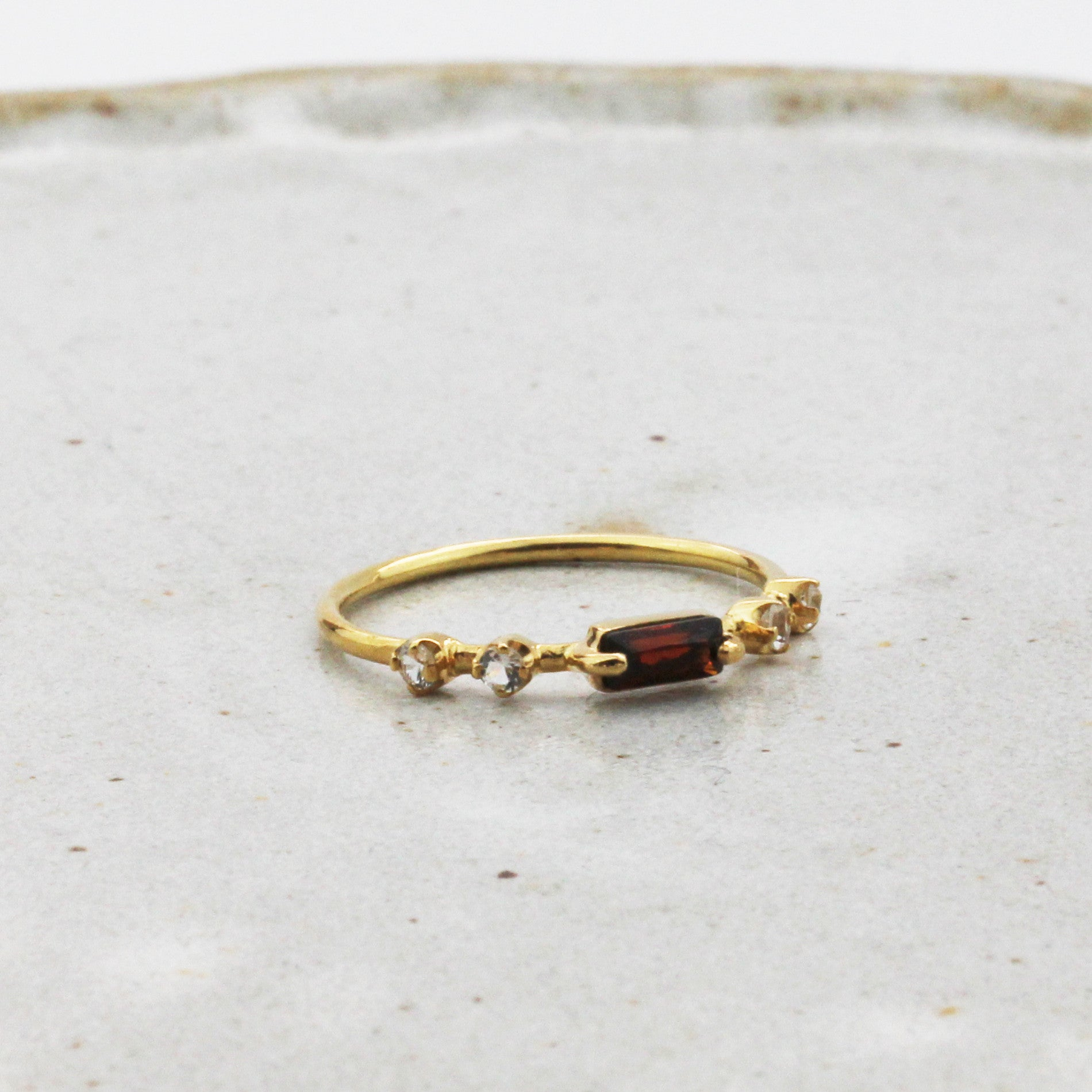Pillars Gold Ring - Garnet & Zircons