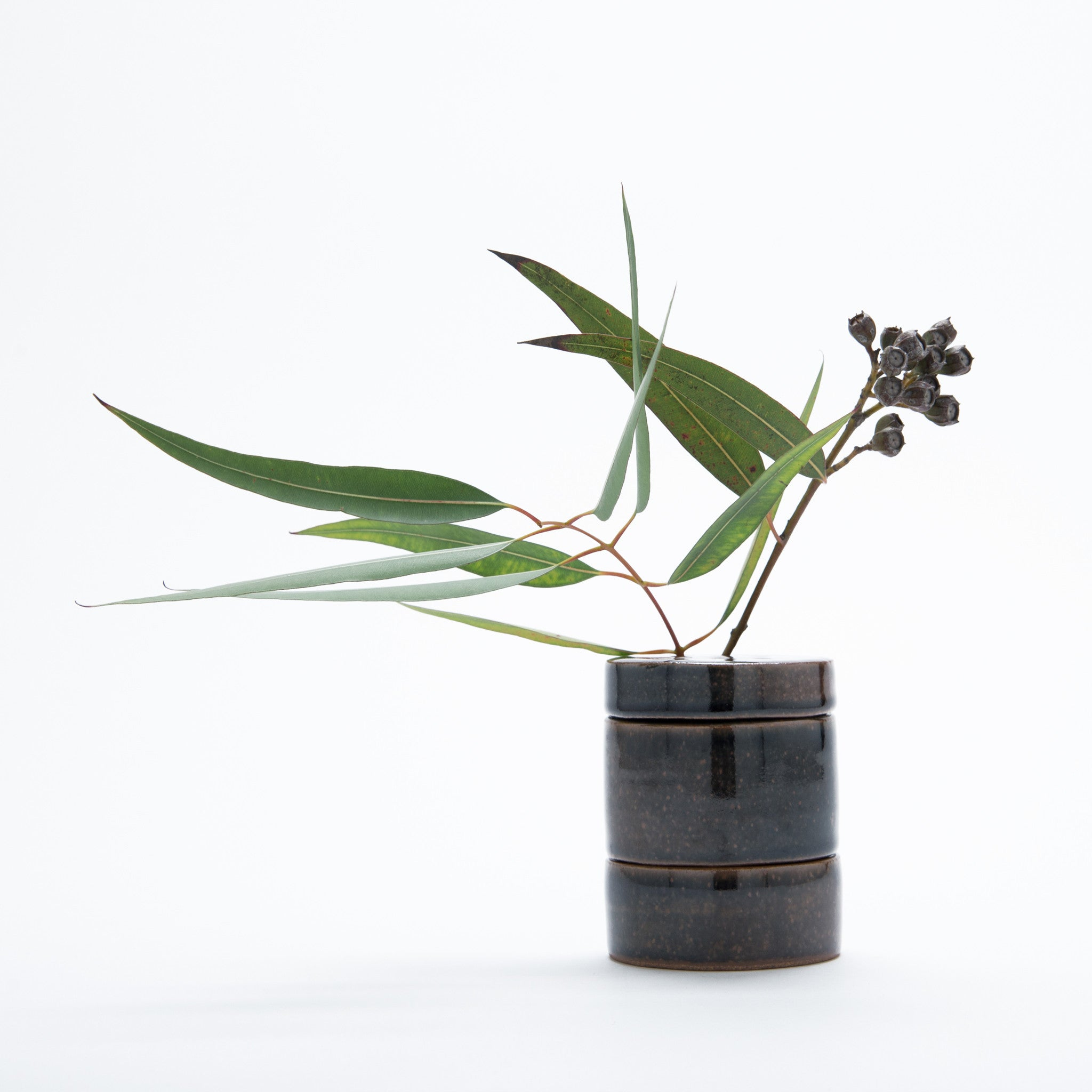 Ikebana Stack Vase with line lid Cinnamon