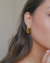 Load image into Gallery viewer, gold plated chain link style hoop earrings
