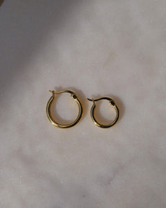MINI LUZ HOOP EARRINGS