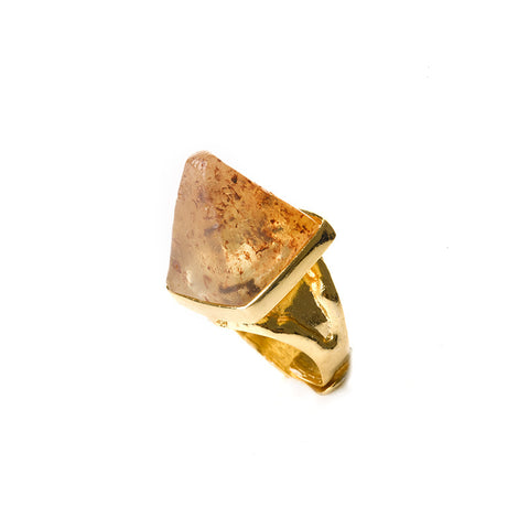 Honey amber pyramid ring