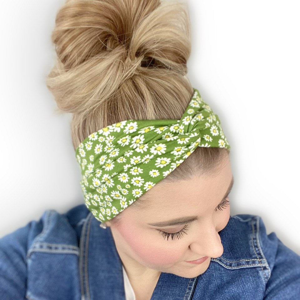 green headband for women with daisy flower print