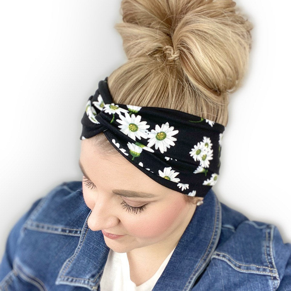 Black headband for women with daisy flower print
