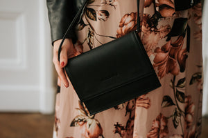 NASHE - Drop-Bag Clutch / Black