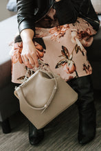 Load image into Gallery viewer, NASHE - Lady-In Purse / Beige
