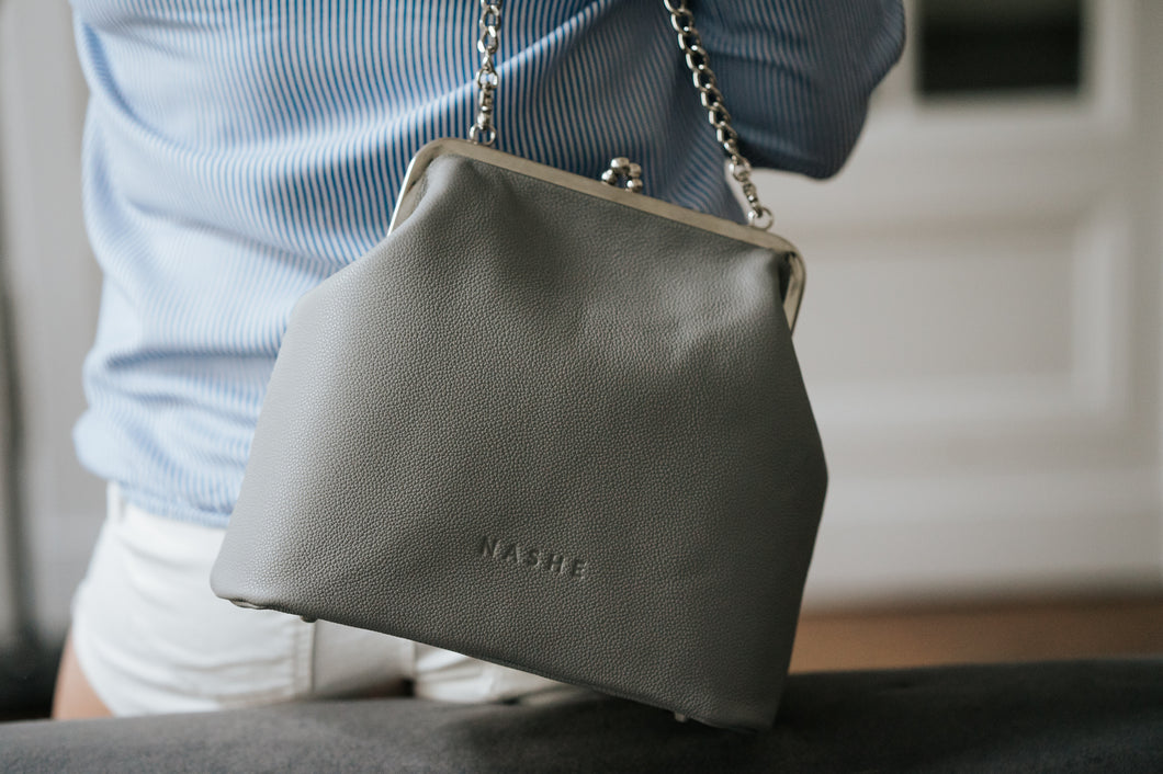 NASHE - Lady-In Purse / Grey