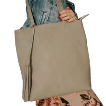 Load image into Gallery viewer, NASHE - All-In Handbag / Beige