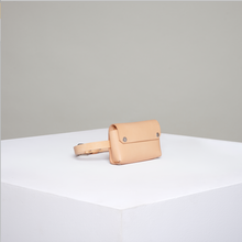 Load image into Gallery viewer, DEPARTAMENT - Beige Fanny Pack 0/2 (S)