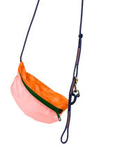 Load image into Gallery viewer, TheVIVgoods - U.Bag x Paraglider Edition / multicolour - green zip