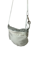 Load image into Gallery viewer, TheVIVgoods - U.Bag x Paraglider Edition / white - gray