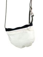 Load image into Gallery viewer, TheVIVgoods - U.Bag x Paraglider Edition / white black - white zip