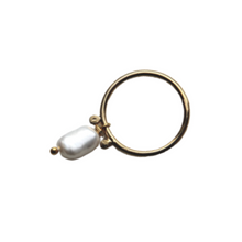 Load image into Gallery viewer, EVA JEWELLERY - Pearl Ring