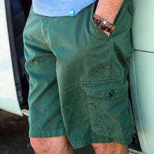 Load image into Gallery viewer, PANAREHA - CRAB Cargo Shorts / Green