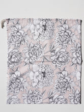 Load image into Gallery viewer, MIKROKLIMAT - Multipurpose Cotton Bag / White Flowers