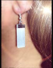 Load image into Gallery viewer, Selenite earrings