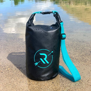 5 Liter Waterproof Bag. Strap included. IPX4-IPX5 waterproof levels.