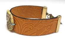 Load image into Gallery viewer, Leather and Buttetfly Polymer Clay Bracelet