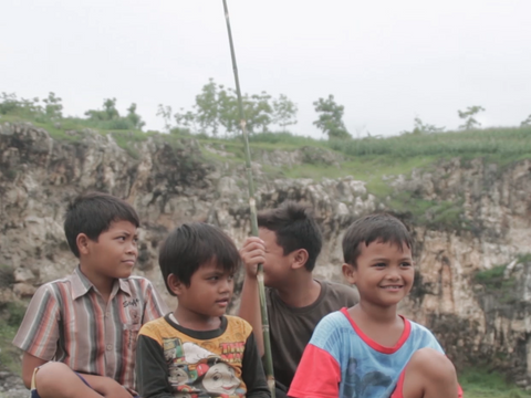 enfants-indonesiens