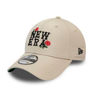Casquette incurvée New Era 9FORTY Rose script beige 12380860