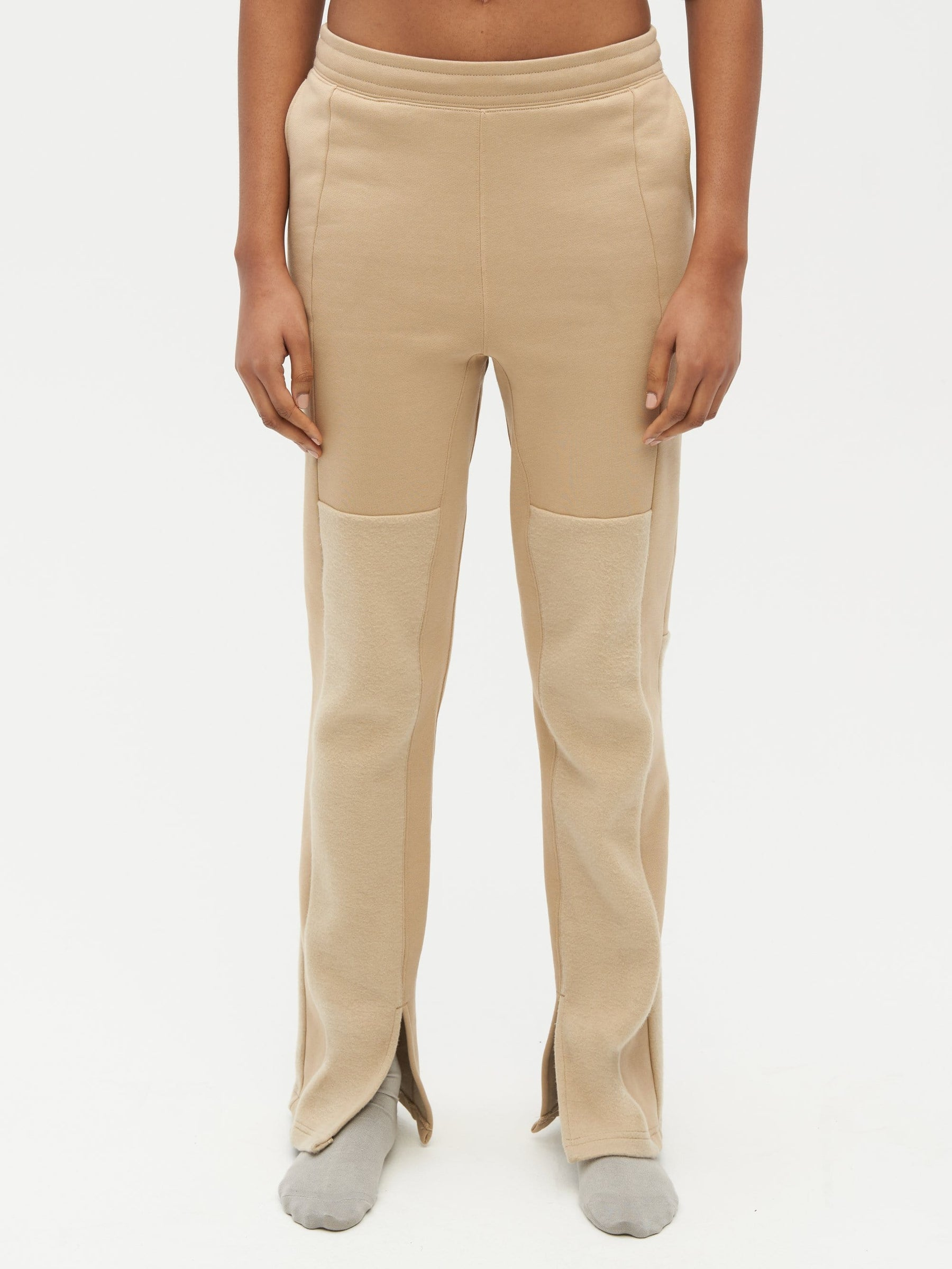 Reverse Patch Sweatpant Neutral