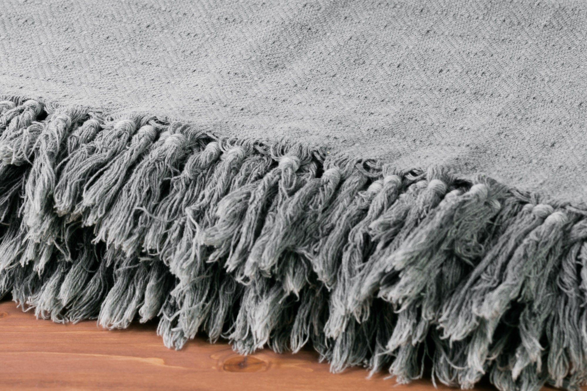 XL Diamond Gray Throw Blanket