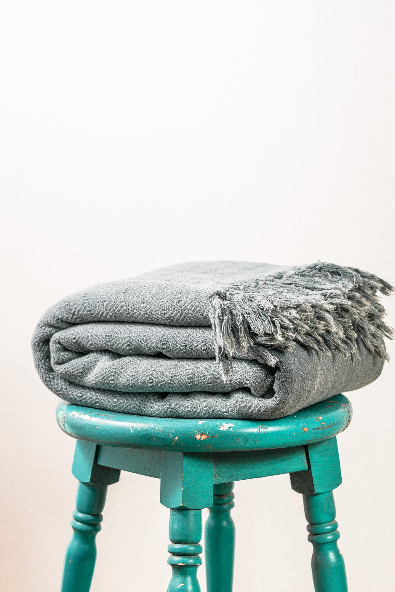 Stone Washed Diamond Gray Throw Blanket