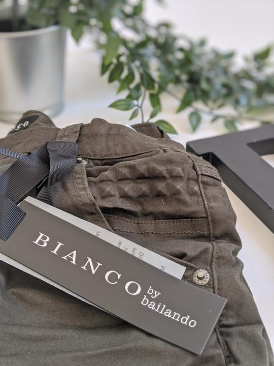 Bianco | African Star - Presence Womens Clothing Store Hamilton