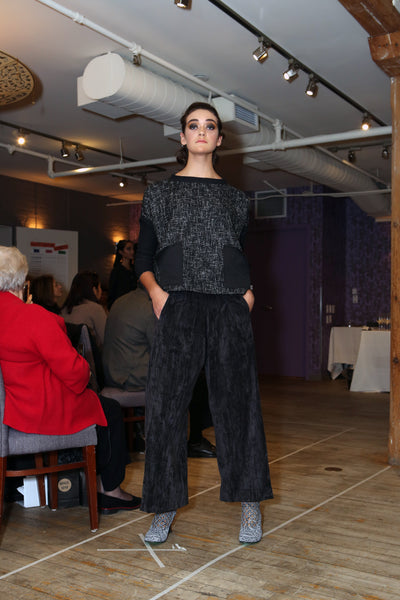 Swag Low-Waisted Pant I Black Cotton Velvet