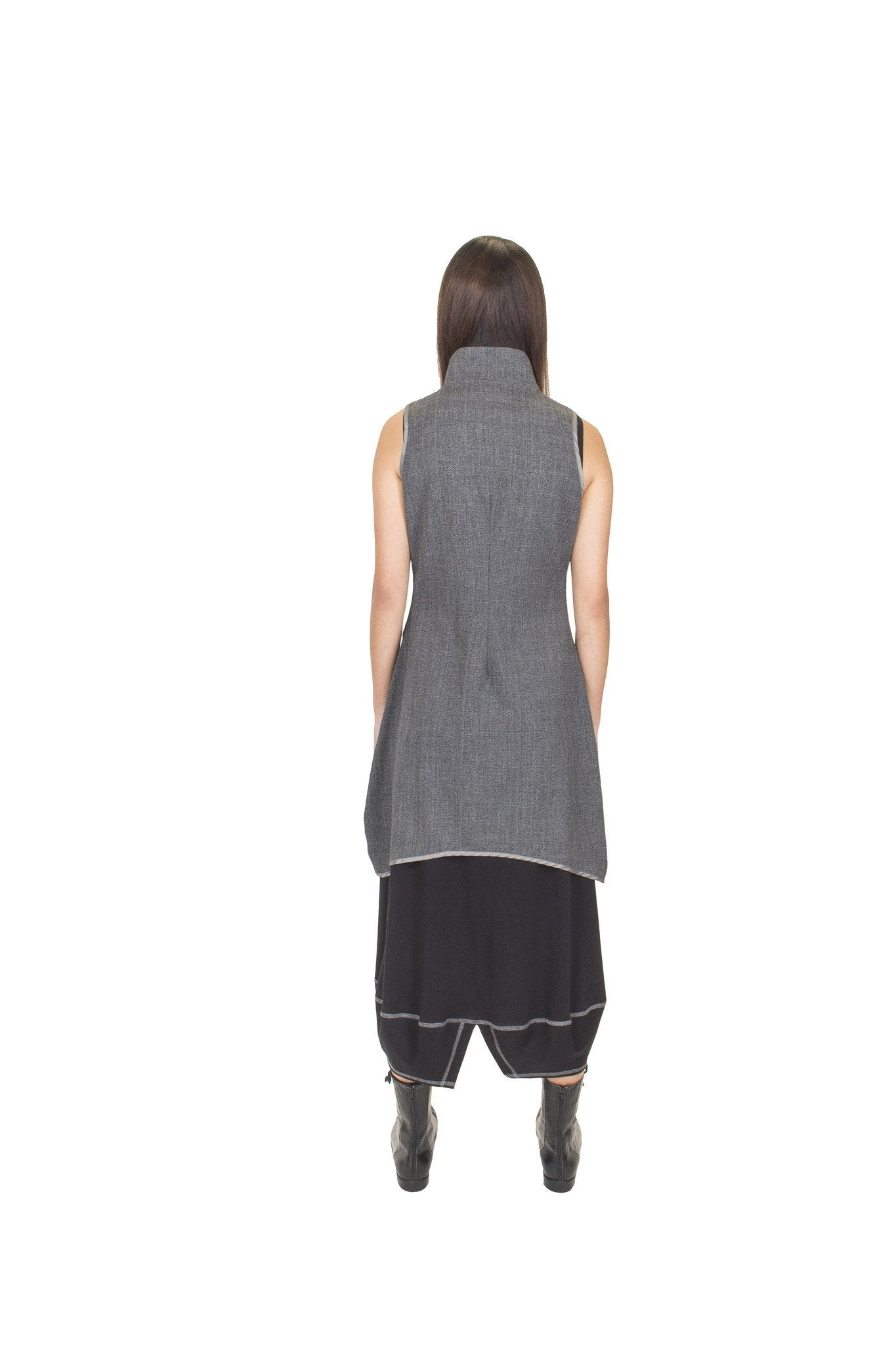 Black Forest Vest I Short I Grey Suiting