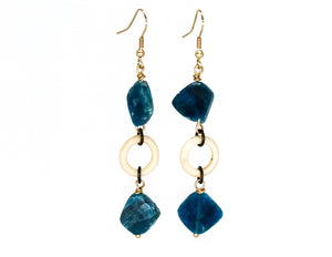 Rough cut apatite with cream earrings