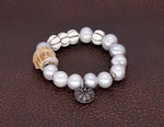 Load image into Gallery viewer, Grey freshwater pearl bracelet.