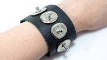 Load image into Gallery viewer, Black Discs Leather Cuff Bracelet