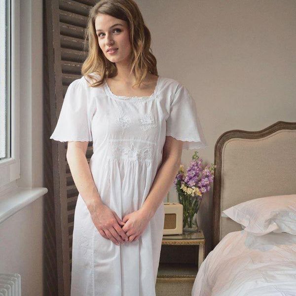 18th Century Jane Austen Style Cotton Nightdress