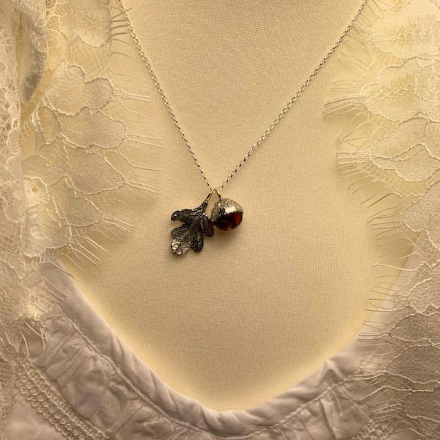 Pemberley Oak Leaf Design Pewter and Amber Necklace - Jane Austen Online