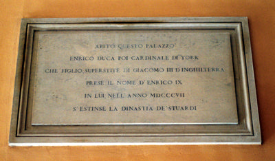 A plaque in Italian in the courtyard of Palazzo Balestra, formerly Palazzo Muti, refers to Henry Cardinal Duke of York as Henry IX and to his father as James III, and it notes that Henry's 1807 death extinguished the Stuart dynasty.