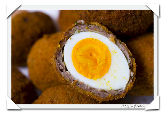 Scotch Egg de Sam Breach