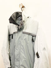 Load image into Gallery viewer, Nike ACG Jacket Sz Small