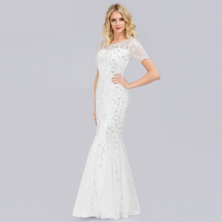 Elegant Lace Appliques Evening Mermaid Dresses