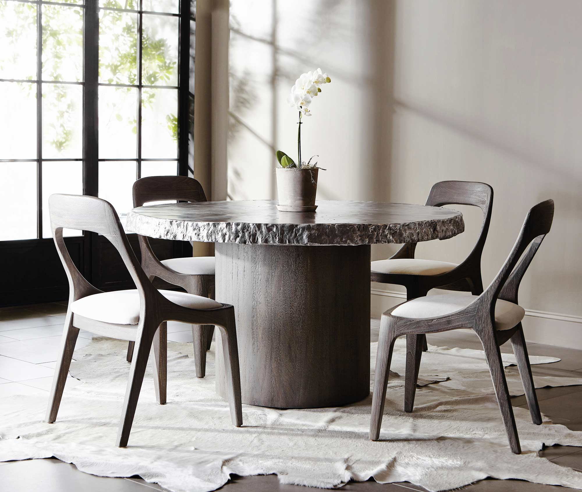 Bernhardt Cahill Round Dining Table